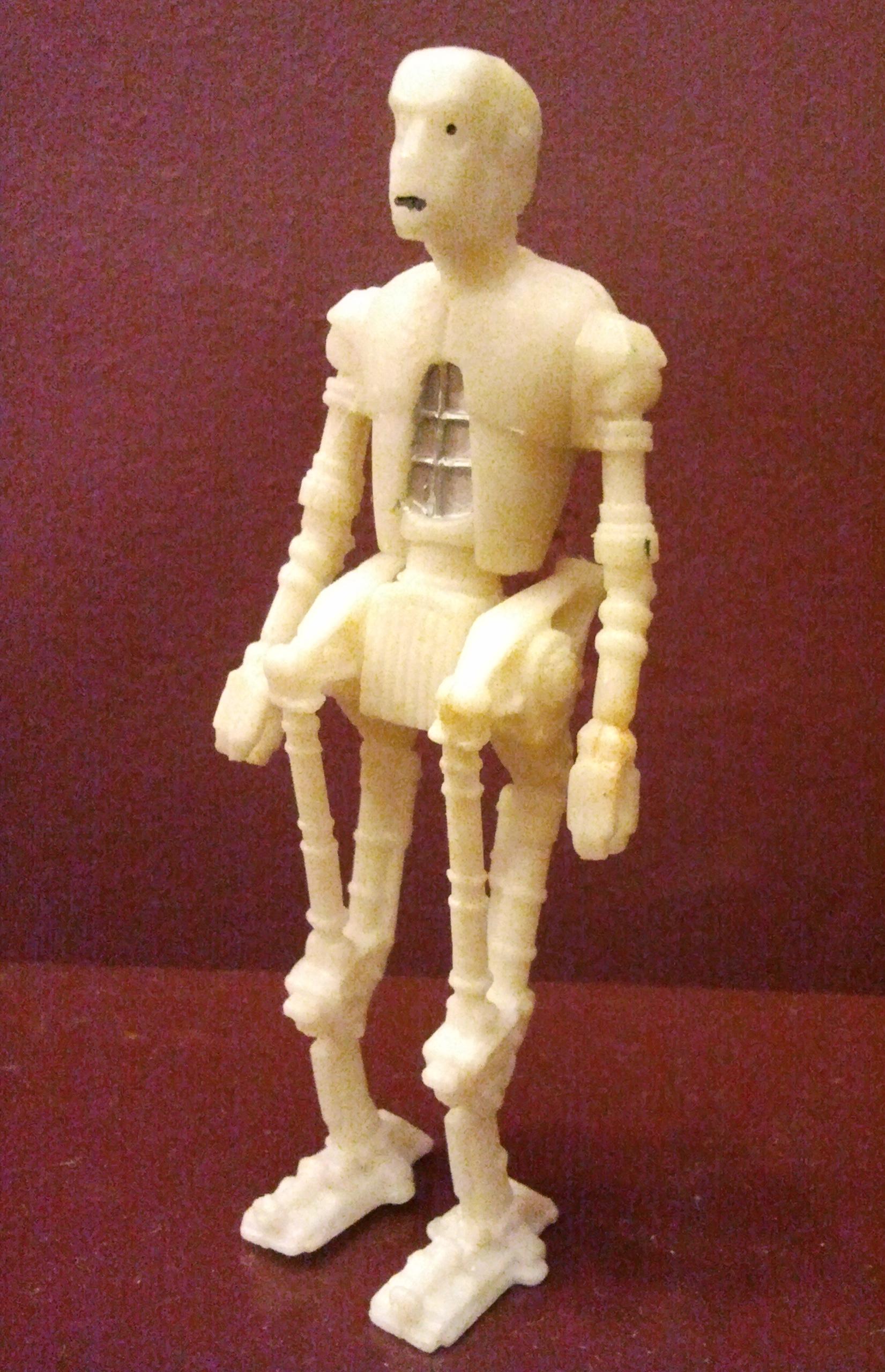 Robot 8D8 - dosłowny biały kruk